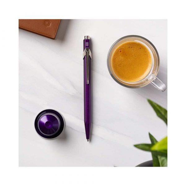 sprzęt biurowy 4 alibiuro.pl Długopis CARAN D Inch ACHE 849 Nespresso Arpeggio M w pudełku fioletowy 55
