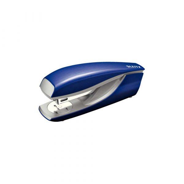 zszywacz biurowy 5 alibiuro.pl Zszywacz średni metalowy Leitz NeXXt Style tytanowy błękit 9